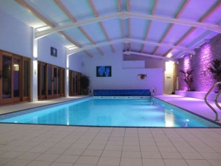 pool-night-2-jan-2012